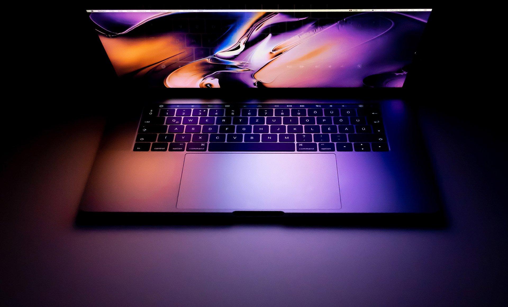 laptop-glow-1